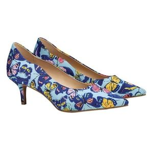 Shoes - Butterfly Print Pump Size 9